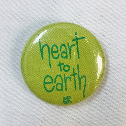 Badge Heart to Earth©